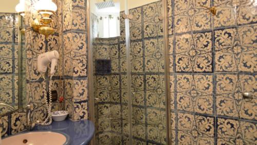 Bathroom of the Superior rooms